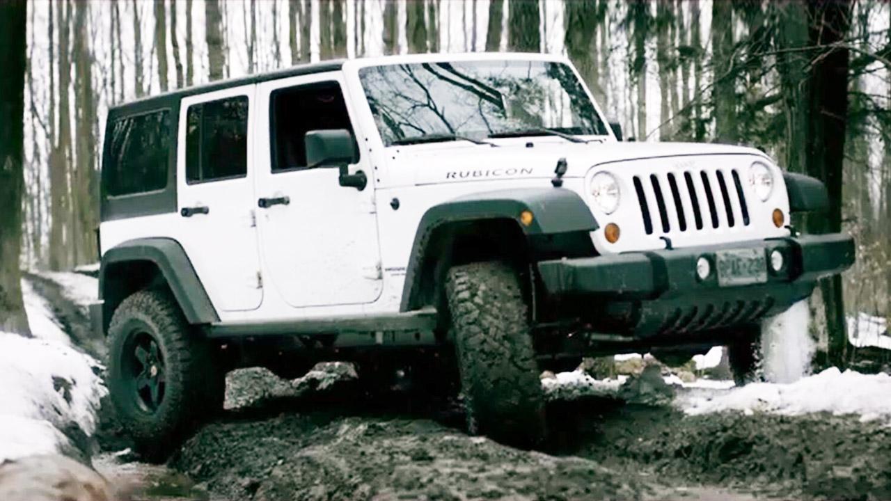 Jeep牧马人不惧冰雪泥泞路