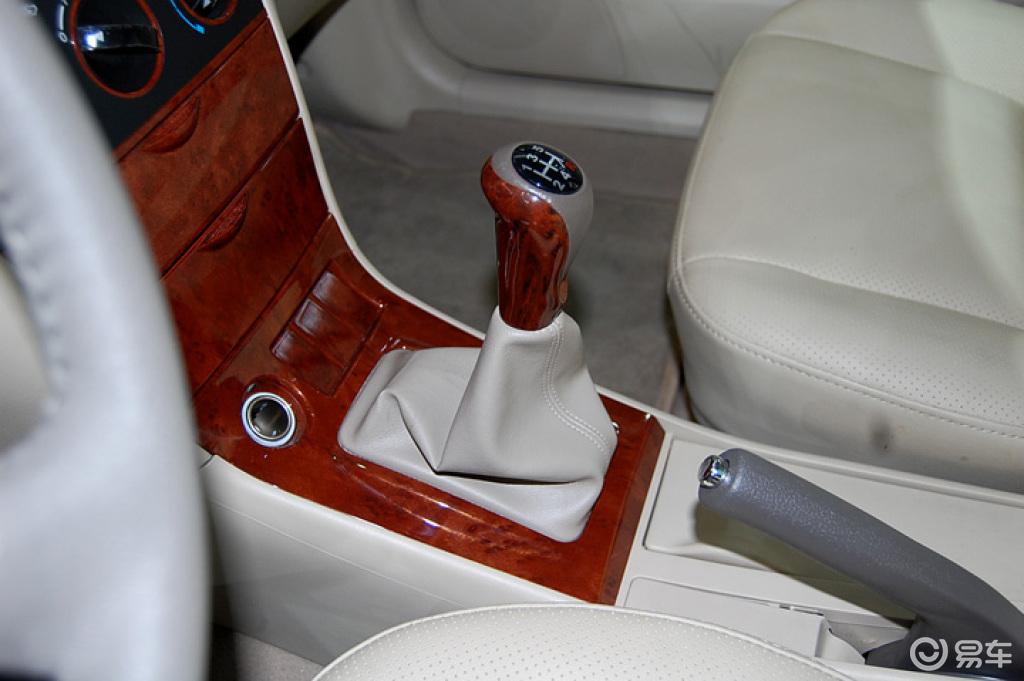比亚迪汽车f3 1 29高清图片