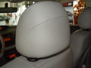凯旋驾驶员头枕图片