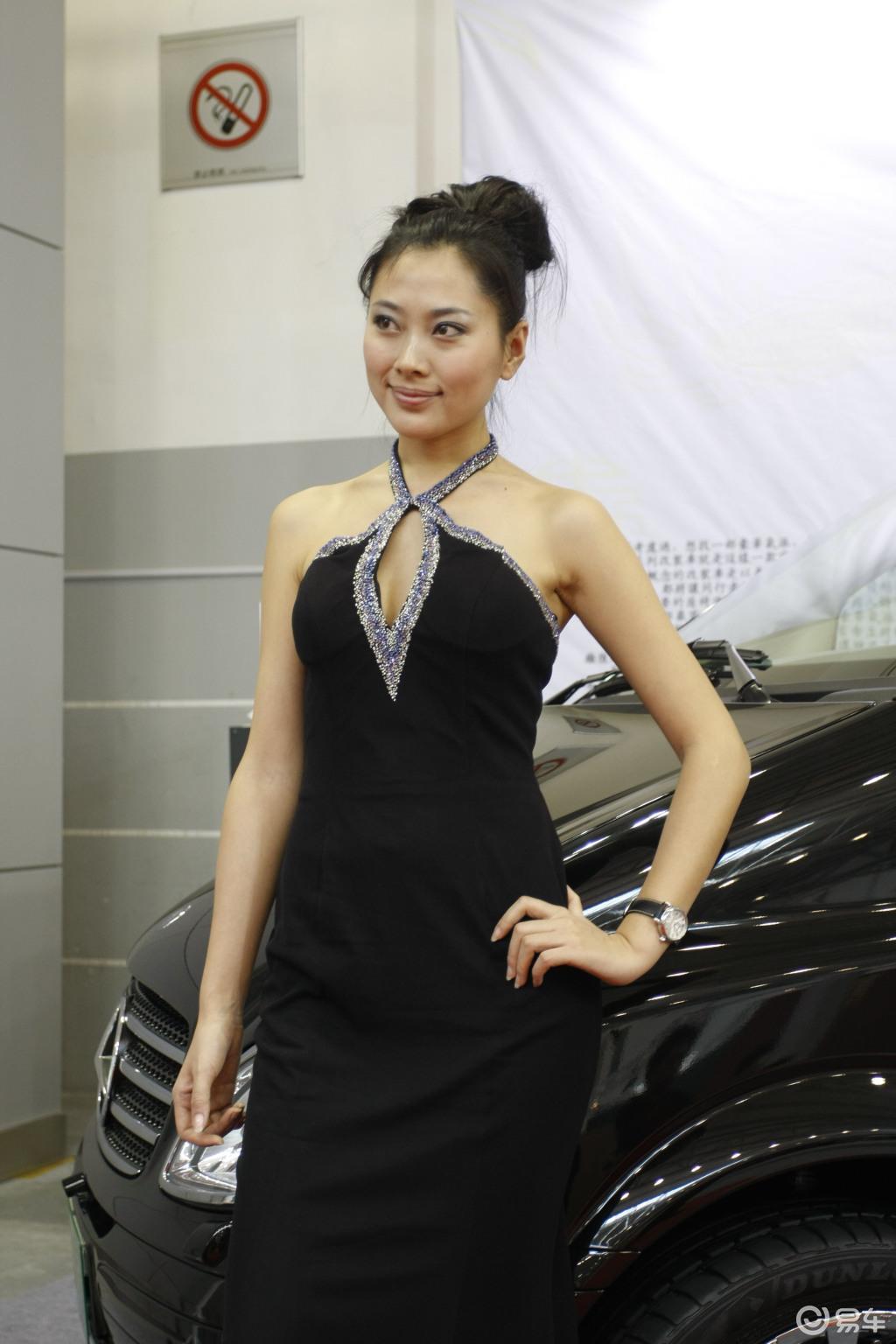 养眼美女 2009年青岛车展(2/3)