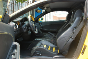 法拉利F430前排空间图片