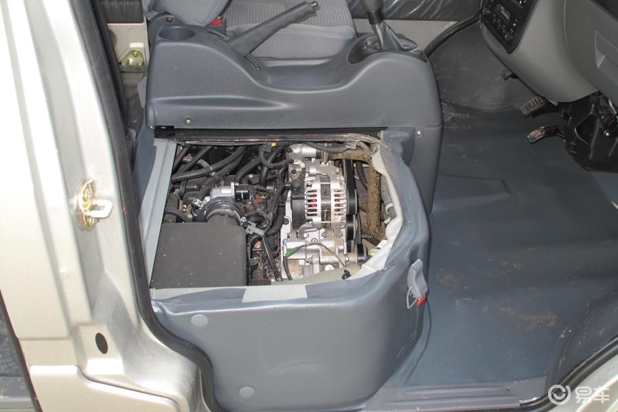 五菱之光2007款6400bvf基本型加长版(空调)内饰汽车
