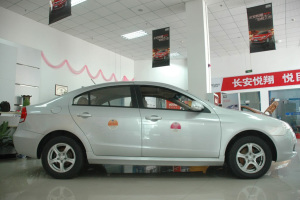 志翔正侧(车头向右)图片