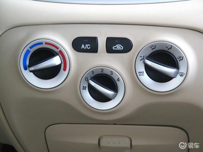 雅绅特1.4手动舒适型空调控制键高清图片