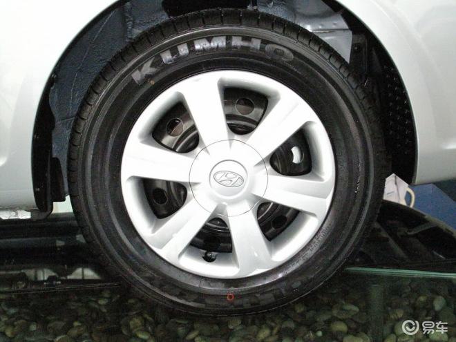 雅绅特1.4手动舒适型轮圈高清图片