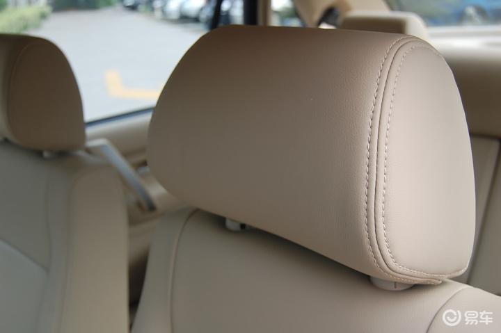 桑塔纳志俊 1.8mt 休闲型(真皮座椅)驾驶员头枕
