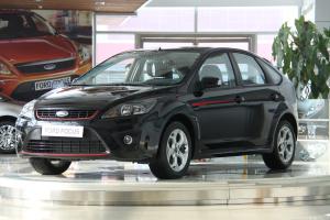 福特 福克斯两厢 2010款 2.0L 手动 两厢运动限量版
