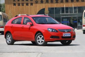 长安CX30两厢前45度(车头向右)图片