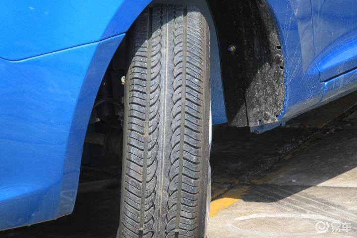 雪地版 标准型轮胎花纹图片】-易车网bit