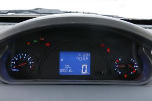 瑞麒M1仪表盘背光显示图片