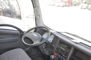 庆铃中型商用车700P 内饰图片