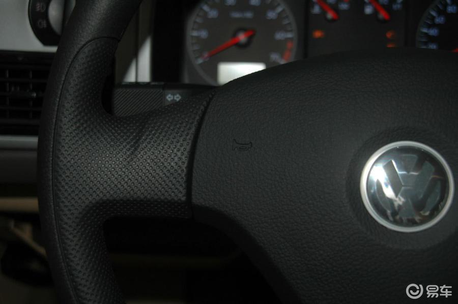 【桑塔纳志俊2010款1.6l手动 舒适型内饰汽车图片-】