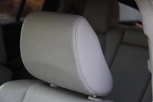 讴歌ZDX驾驶员头枕图片