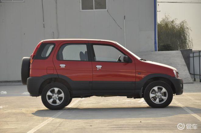 众泰20082008正侧车头向右水平