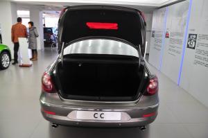 CC2012款 3.6L V6 双离合 R-Line版 外观浅棕