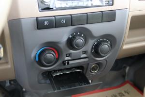 东风小康V21中控台空调控制键图片
