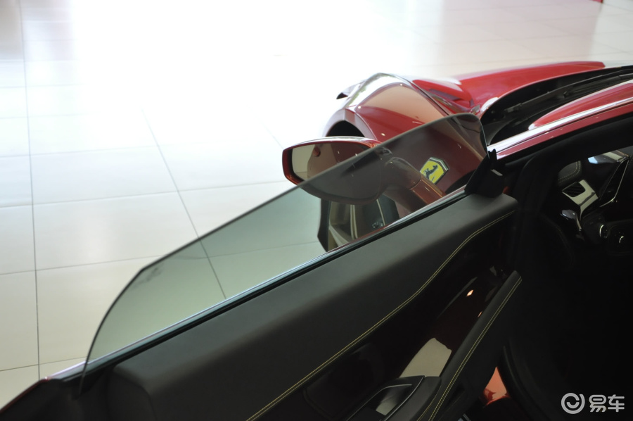 法拉利458 内饰高清图片