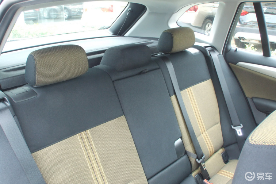 华晨宝马x12012款sdrive18i时尚型后排座椅 高清图片