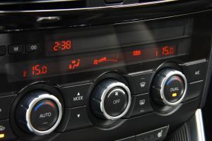 CX-5中控台空调控制键