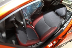 乐驰驾驶员座椅图片