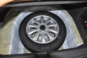 东方之子2012款 2.0L 自动 典雅版 外观名流白
