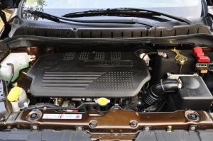 景逸SUV2012款 1.6L 手动 豪华型 外观翡丽棕