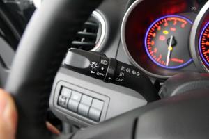 进口马自达CX-7 大灯远近光调节柄