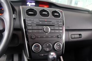 马自达CX-7(进口)中控台音响控制键图片