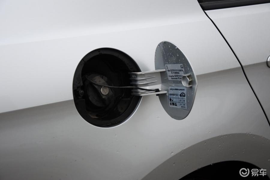 【捷达2013款1.6L 手动舒适型油箱盖汽车图片-汽车图片大全】-易车网高清图片