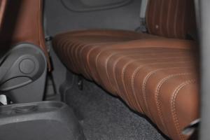 菲亚特500(进口)后排空间图片