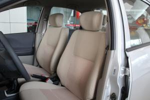 利亚纳三厢驾驶员座椅图片