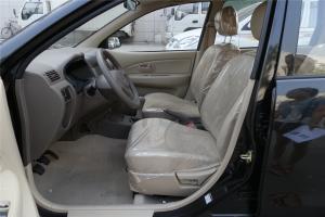 森雅M80驾驶员座椅图片
