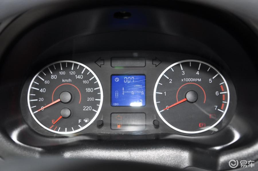 奇瑞汽车旗云3仪表盘上亮扳手灯是怎么回事高清图片