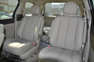 比亚迪M6后排座椅图片