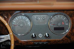 摩根Roadster仪表 图片