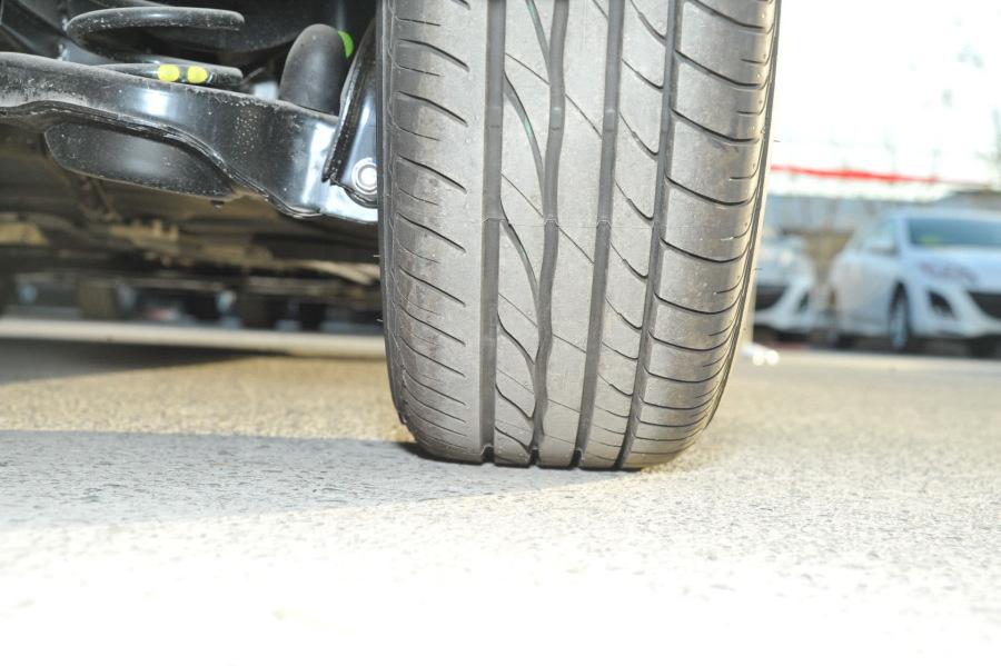 运动型轮胎花纹