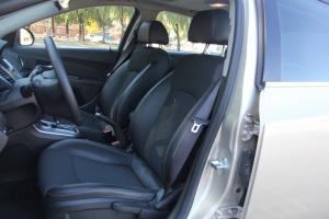 科鲁兹掀背驾驶员座椅图片