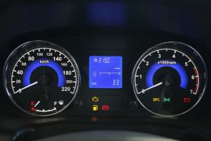 奇瑞E5 仪表盘背光显示