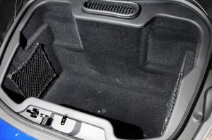 迈凯伦12C行李箱空间图片