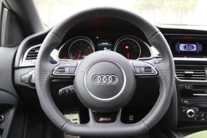 进口奥迪RS 5 方向盘