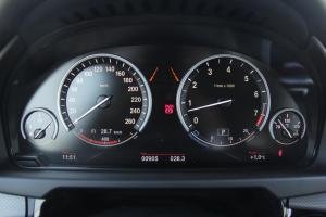 宝马X5仪表 图片