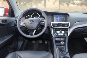 V6菱仕完整内饰(驾驶员位置)