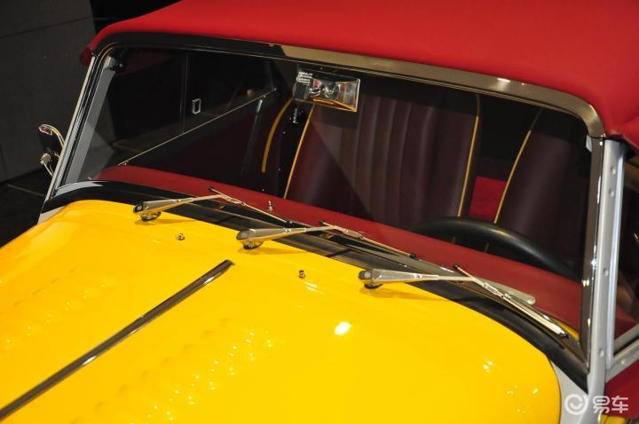 摩根Roadster雨刷器(前)(522467);
