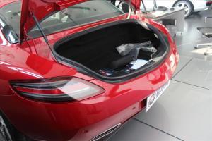 SLS AMG行李箱空间图片