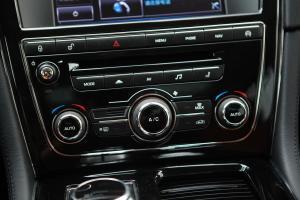 XJ中控台空调控制键