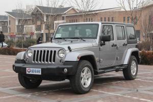 Jeep 牧马人 2014款 3.0L 自动 四门Sahara