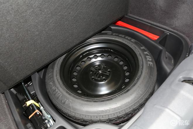 沃尔沃C30C30备胎
