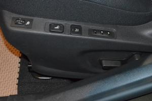 DS 4座椅调节键
