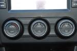 进口斯巴鲁XV            中控台空调控制键