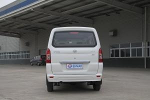 福汽启腾 M70 正车尾